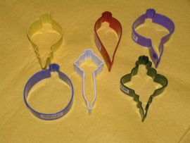 Ornament Coloured 6 pc Set